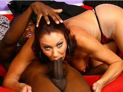 Feketék és MILF-ek – Vanessa Videl