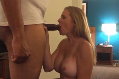 Szexi feleség kefél a fekete szeretőjével